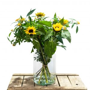 gemengd boeket gele bloemen