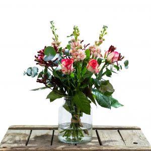 boeket met verschillende kleuren en bloemen
