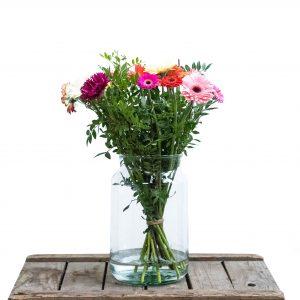 boeket met paars, roze en rood