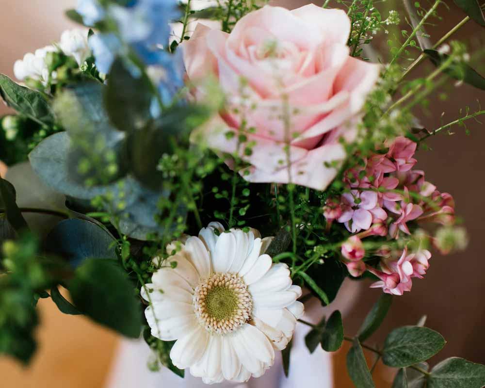 verse bloemen verzorgen